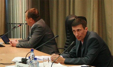 Ведущий круглого стола по Балтийской АЭС на Атомэкспо-2010 Андрей Резниченко